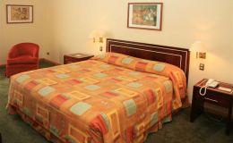 HABITACIONES HOTEL DIEGO DE ALMAGRO LOS ANGELES